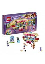 Конструктор из серии Подружки - Парк развлечений: фургон с хот-догами Lego, 41129