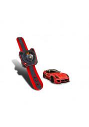 Машина 1:36 Ferrari на пульте управления