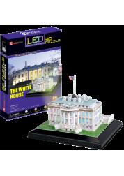 Белый дом с иллюминацией